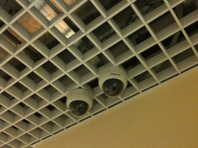 Видеоконтроль коридора ЦОД SafeData
