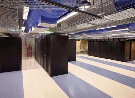 Помещение дата-центра внутри объекта Room 48 компании Iron Mountain