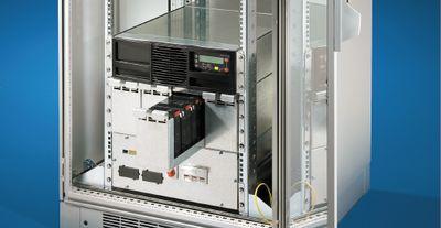 Рисунок 2. Модульный ИБП РМС 40 от Rittal может встраиваться непосредственно в стойку.
