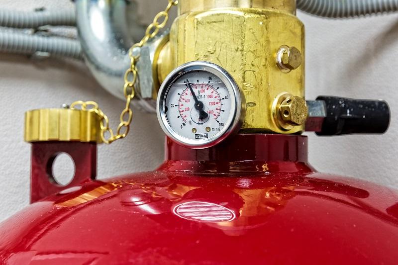 истема работает на газе NOVEC-1230. Баллон содержит 180 литров огнетушащего вещества.
