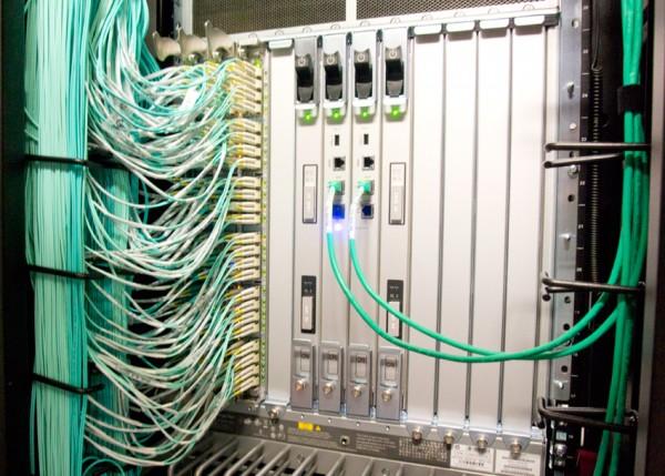 StorageReview-HP-DAS-Data-Center-Tour-Fiber