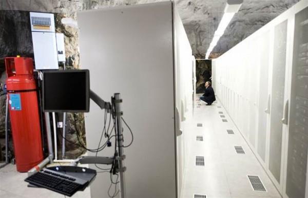 0_450_800_0_70_-Galleries-20160302015610_pionen server halls