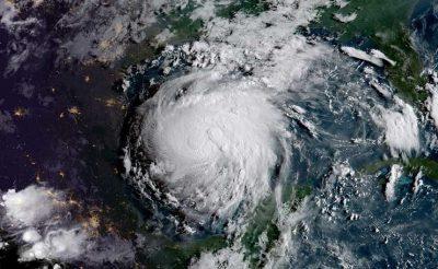 "ураган ""Харви"""