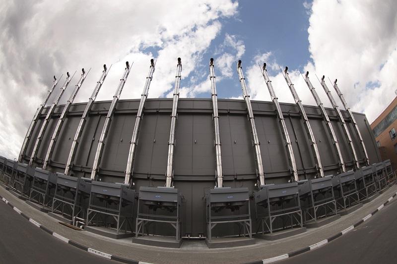 Фото 2. Выхлопные трубы и радиаторы ДРИБП