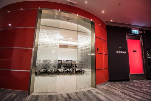 HOng+Kong+-+Data+-+Center+HK5+Conference+Room