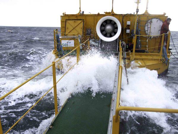 bkpam2356494_oceanenergybuoy2