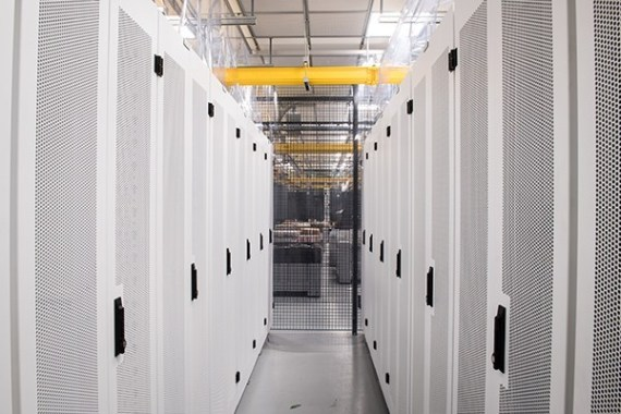 Фотоэкскурсия по дата-центру Server Farm Realty CH1 в Чикаго