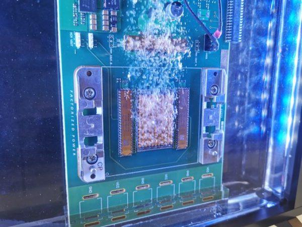 иммерсионное охлаждение серверов  SC19