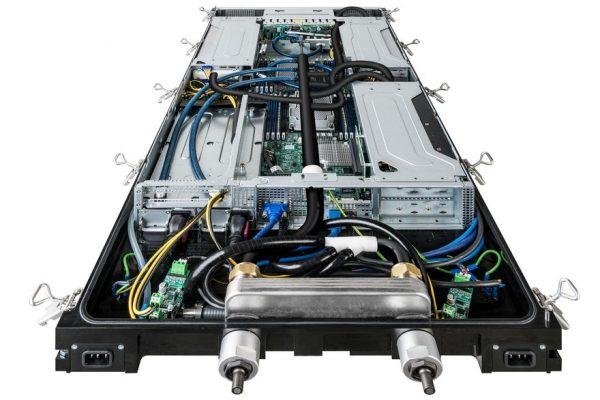 Schneider Electric предлагает серверную стойку с иммерсионным охлаждением на базе технологий Iceotope и Avnet