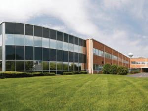Фотоэкскурсия по дата-центру CH2-Oakbrook в Чикаго (США)