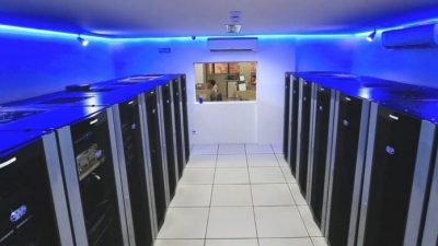 Стойки для серверов в ЦОД: новости от Giganet, Minkels, Legrand, Facebook и Sanmina