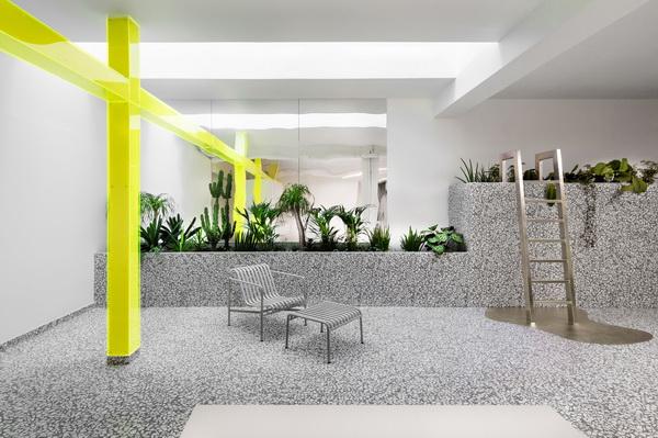 Фотоэкскурсия по заброшенному ЦОД в Париже, превращенному в офисно-жилой комплекс